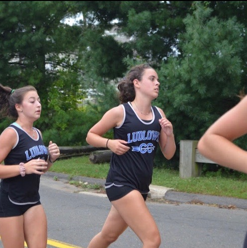 Senior Maggie Leatherwood at a cross country meet