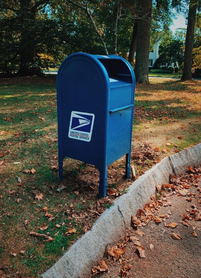 The+USPS+Controversy%3A+More+Fuel+for+the+Partisan+Divide